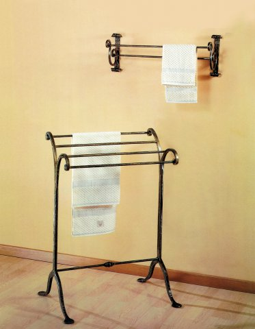 AR-110 Toallero soporte pared B.640mm - H.1000mm - P.480mm